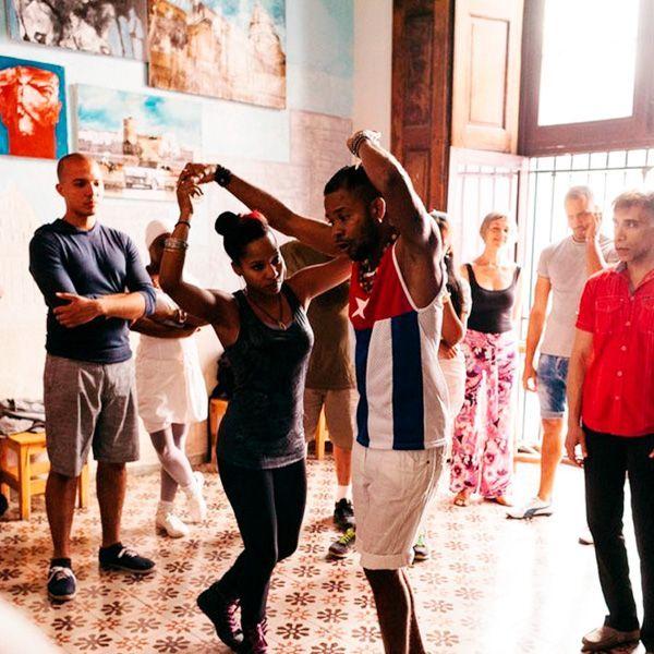 Clases de bailes cubanos